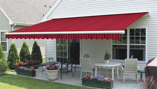 Why choose Retractable Awnings for your restaurant?