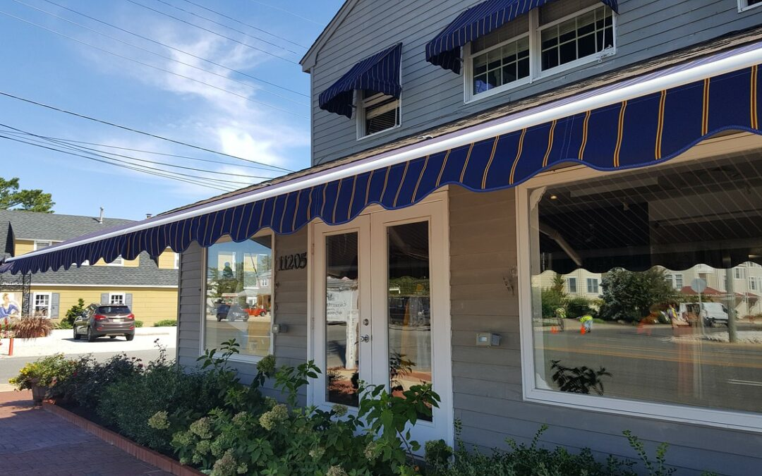 Tips for Choosing the Right Fabric for Your Awnings
